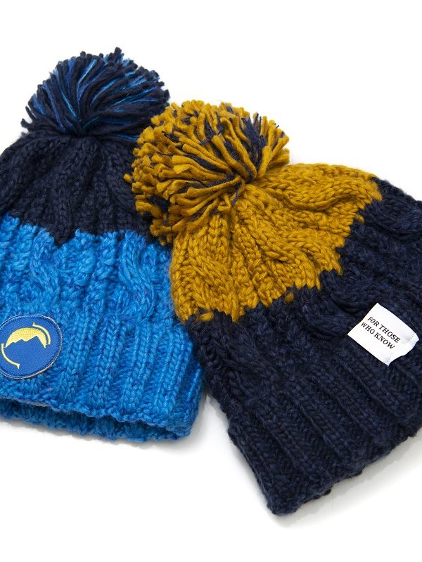 Fritidsklader two-tone bobble hats
